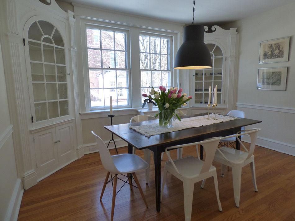 quelle hauteur pour le luminaire au dessus de la table de la salle manger. Black Bedroom Furniture Sets. Home Design Ideas